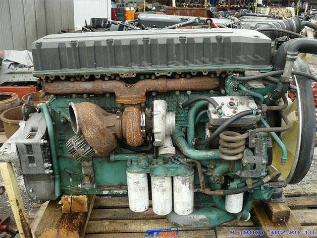 Двигатель D12