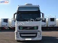 Тягач Volvo FH13